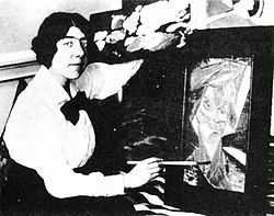 Ethel kibblewhite wikivisually kate lechmere kate lechmere pretending to finish her already framed painting buntem vogel colourful fandeluxe Images