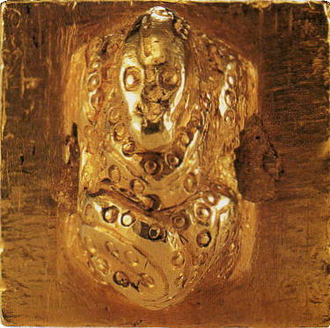 King of Na gold seal - Top view of the snake knob