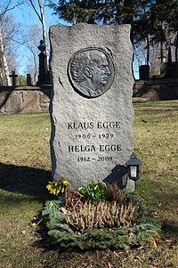 Klaus Egge, gravminne på Vår Frelsers gravlund, Oslo.JPG