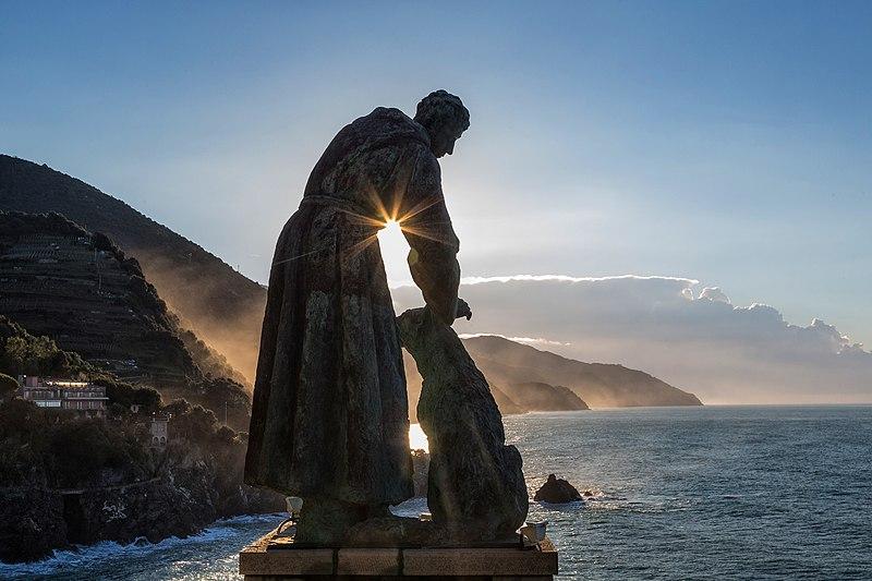 File:L'alba di San Francesco - Convento Frati Cappuccini Monterosso al Mare - Cinque Terre.jpg
