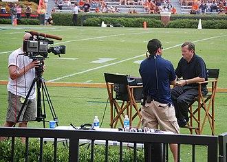 Lincoln Financial Media - LFS SEC sideline reporter Dave Baker