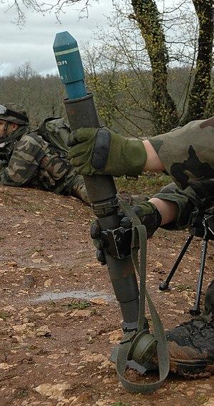 Lance-grenade individuel Mle F1 (LGI Mle F1) - Training grenade being loaded into an LGI