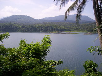 Lakes Pandin and Yambo - View of the lake from the narrow strip of land separating it from Lake Pandin
