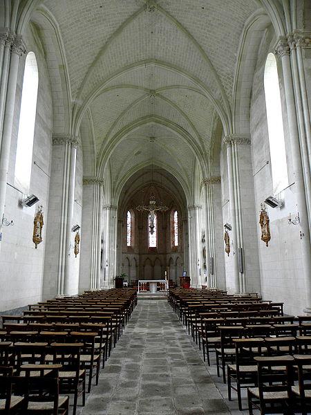 Église Saint-Martin à Le Pas (53). Intérieur.