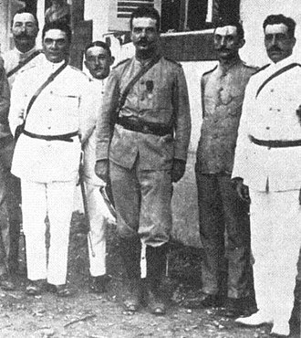 Bombardment of Papeete - Captain Maxime Destremau (center) and his staff in Papeete in 1914.