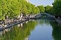 Le long du Canal St Martin.jpg