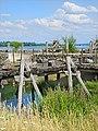Le pont celtique du Laténium (Hauterive, Suisse) (29887060168).jpg