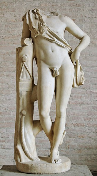 Resting Satyr - Image: Leaning satyr Glyptothek Munich 229