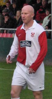 Lee Hughes English footballer (born 1976)