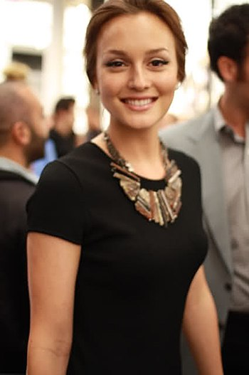 English: Leighton Meester at Chanel's SoHo sto...