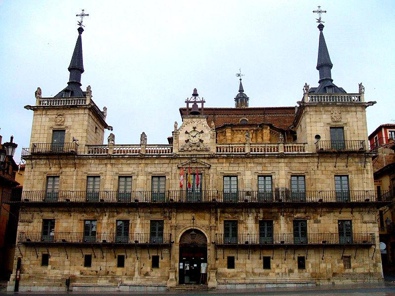 File:Leon - Antiguo Ayuntamiento.jpg