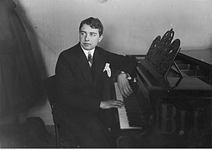 Lev Oborin - Lev Oborin during 1st Chopin Competition in Warsaw, 1927