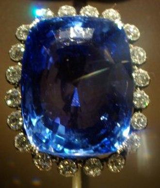 Sapphire (color) - The 423-carat (85 g) blue Logan sapphire