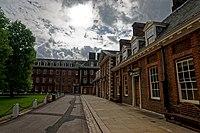 London - Franklin's Row - View SW on Royal Hospital Chelsea 1692 by Sir Christopher Wren II.jpg