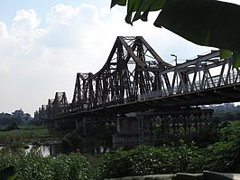 Long Biên Bridge