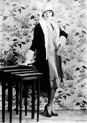 History of fashion design - Fashionable Hollywood actress Louise Brooks
