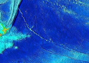 Louisville Ridge - Image: Louisville seamount chain bathymetry