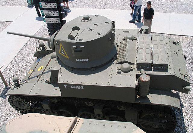 640px-M3A1-Stuart-latrun-4.jpg