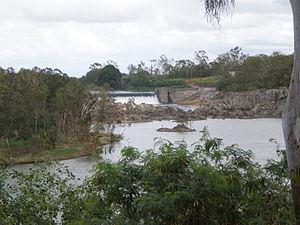 Pioneer River - Dumbleton Weir located upstream of Mackay on the Pioneer River