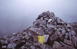 Mackoght - Summit cairn