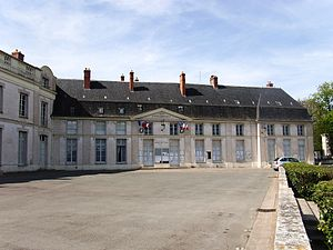 Dourdan - The town hall of Dourdan