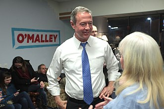 Martin O'Malley 2016 presidential campaign - O'Malley speaking with supporters at a campaign event in Manchester, New Hampshire