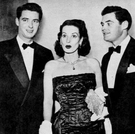 O'Hara with brothers James O'Hara and Charles B. Fitzsimons, 1954 Maureen O'Hara and brothers James and Charles 1954.jpg