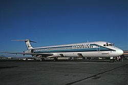 McDonnell Douglas MD-82, Republic Airlines JP6652136.jpg