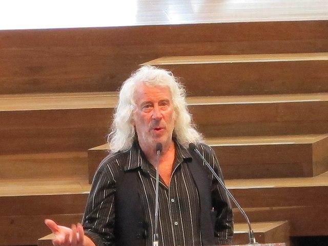 מייקל ריינולדס, 2011 - הפודקאסט עושים היסטוריה