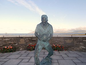Mick O'Dwyer - Mick O'Dwyer statue in Waterville.