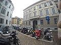 Milano - Piazza San Sepolcro - panoramio.jpg