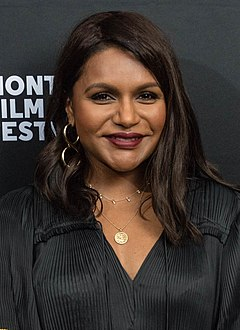 Mindy Kaling (46863597125) (cropped).jpg