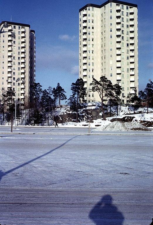 Farsta Sweden  city photos : Modern apt complex farsta sweden Wikimedia Commons