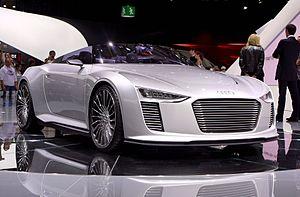 Audi e-tron - Image: Mondial de l'Automobile 2010, Paris France (5058749804)