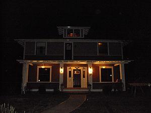 Kalama, Washington - Montgomery House