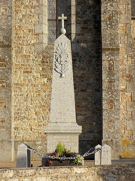 Monument aux morts de Montreuil-des-Landes (35).