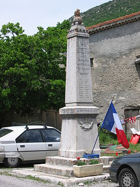 Monument aux morts Eygalayes.jpg