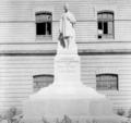Monumento a José María Pino Suárez.png