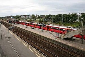Ski Station - Oslo Commuter Rail Class 69 units at Ski Station
