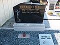 Nagrobnik Koseljevih.jpg