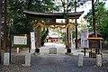 Nakayama-jinja(Saitama) Torii2.jpg