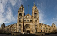 Panoramic view of the Natural History Museum