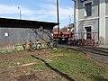 Neratovice, nádraží, stojany na kola (01).jpg