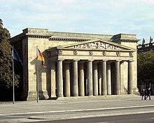 Königswache (Neue Wache), heute Zentrale Gedenkstätte für die Opfer von Krieg und Gewaltherrschaft (Quelle: Wikimedia)