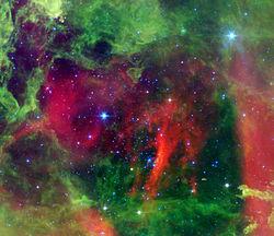 العناقيد النجميه
