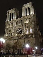 Notre Dame Paris de nuit.jpg