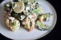Nye kartofler med rejer, krebsehaler, ærter, asparges, agurk og rygeostcreme (7340759870).jpg