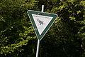 Nymphenburg - Schlossmauer - Schild Landschaftsschutzgebiet 004.jpg