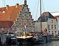 Old ship harbor, Leiden (9034811561).jpg