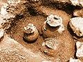 Ollas de barro encontradas en el estudio arqueologico realizado en campo morado - panoramio.jpg